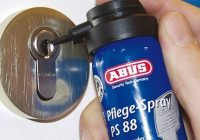 mantenimiento de cerraduras de puertas